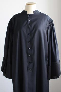 Robe d'avocat en microfibre uniquement