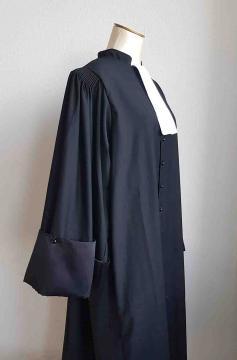 Robe Avocat vue de profil LD